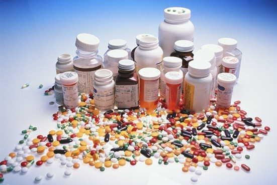 дорогостоящие лекарственные препараты имеют более дешевый аналог с идентичным составом.
