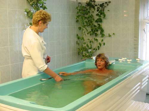 ЛЕЧЕБНЫЕ ВАННЫ Сернистые ванны Углекислые ванны Торфяные и грязевые ванны